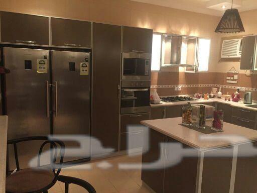 دولاب مطبخ نظيف 15 متر مع الجزيره Kitchen Kitchen Appliances French Door Refrigerator