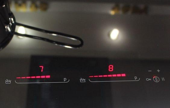 Bếp từ Munchen GM 8999 đắt xắt ra miếng