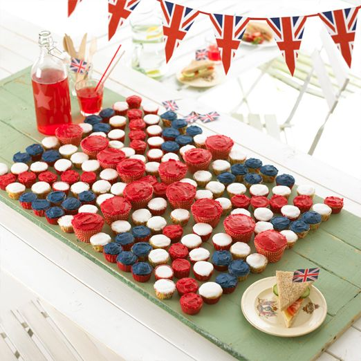Union Jack Cupcakes - noe lignenede med norsk m 'sildesalat'?