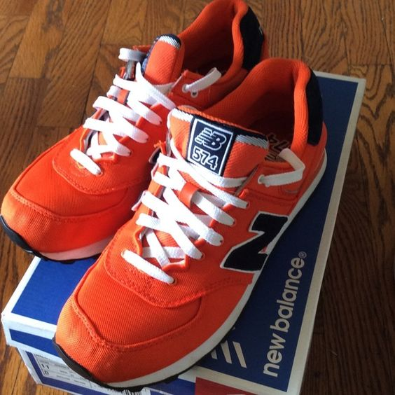 Mens New Balance 574 - 10 Like new condition. Paid 64.99- selling very low at 35.00 firm New Balance Shoes Athletic Shoes