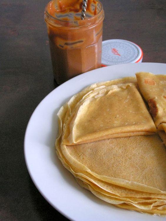 Les gourmandises de Lydie: Crêpes au lait d'amande (thermomix)