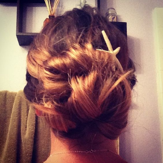 loose curl updo with a starfish clip!! @haley_alluringartistry
