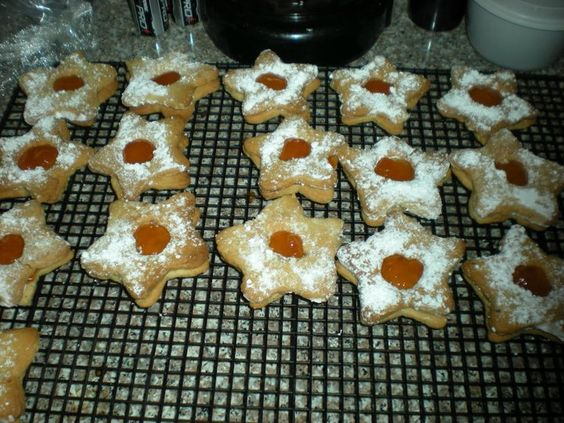 Journey of a Substitute Teacher: pb and j linzer stars | Food to Try ...