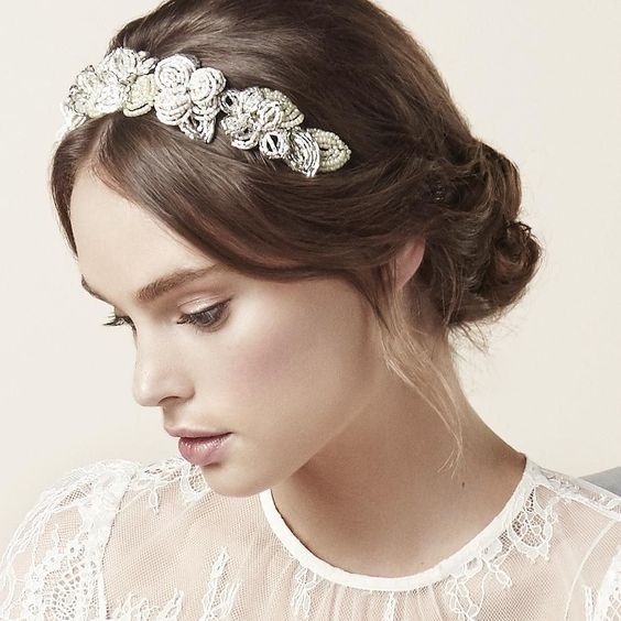 A sneak peek of the PETAL CROWN from @elizabethbowerbridal at her stunning 2016 Garden of Delights collection #bridalfashion #weddinghair via @angela4design