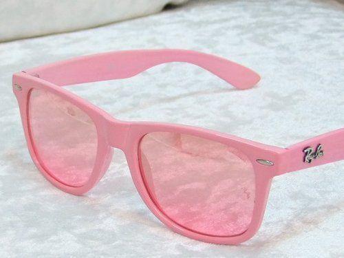 pink raybans! ah!