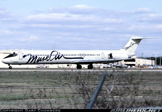 McDonnell Douglas MD-82 (DC-9-82) aircraft. Muse Air flew out of Dallas Love Field from 1981-1987.