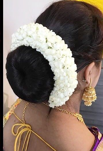 Pin By Shya On Hair Styles I Liked Indian Long Hair Braid Bridal Hair Buns Indian Bridal Hairstyles