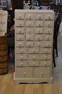 Lådfack 31 lådor 26x59 cm 2.950 SEK (2012)