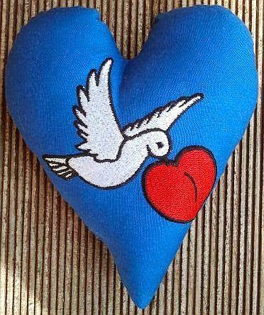 Hier mein 132. Herz für Dich: Die Selbst-Liebe kommt zu Dir geflogen
