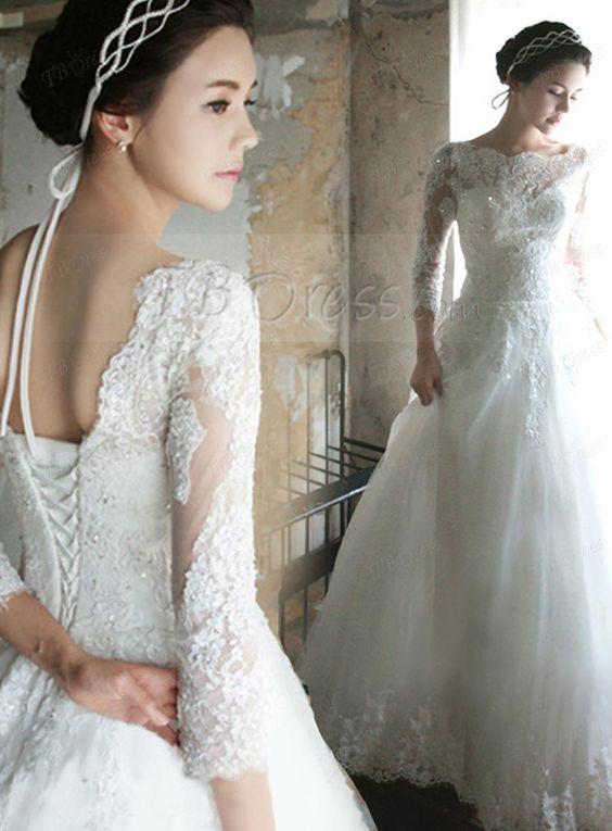 Choosing Vintage Inspired Wedding Dresses : Vintage Wedding ...