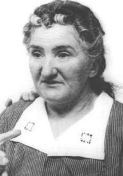 Leonarda Cianciulli. Leonarda was a crafty murderer, she loved to turn her friends into bars of soap and tea cookies, which she then gifted to her neighbors and acquaintances.