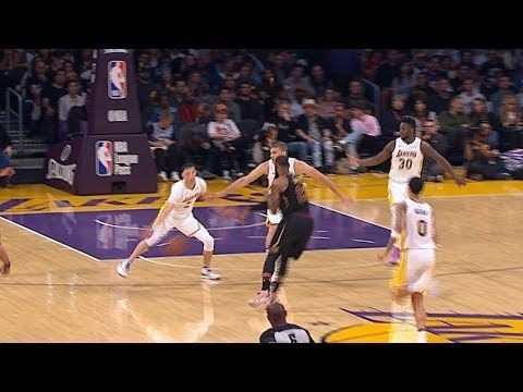 Lebron James Gets Fancy In Los Angeles 3 Great Passes Youtube