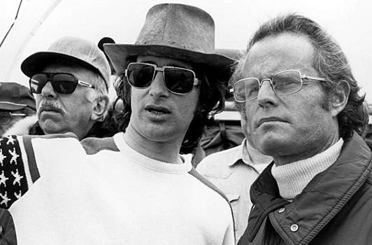 JAWS (1975) - Director Steven Spielberg with film producers David Brown & Richard Zanuck on location - Universal Pictures - Production Still.
