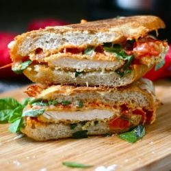 Chicken Parmesan Grilled Cheese: This was amazingly delicious. I used Ciabata bread rolls that I got at Trader Joes.