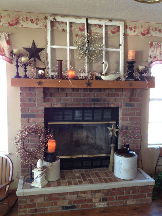Ahhhh I DO live here!!! Love my mantle.