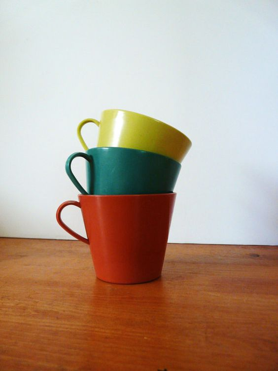 1950s vintage sterilite mugs cups /// mid century, kitsch kitchen housewares, yellow, teal blue, salmon red, 50s, picnic, plasticware
