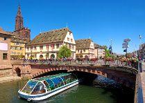 Romantik Kurztrip nach Straßburg - mit Romantikmenü, Sekt und mehr