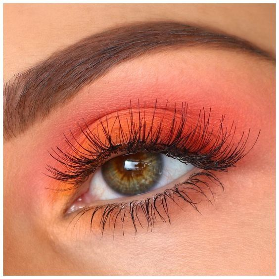 Beauty | Eye make-up | Eyebrows | Pink eyeshadow | Orange eyeshadow | Long lashes | Mascara | Eyes | Wenkbrauwen | Oog make-up | Roze oogschaduw | Oranje oogschaduw | Inspiration | More on Fashionchick