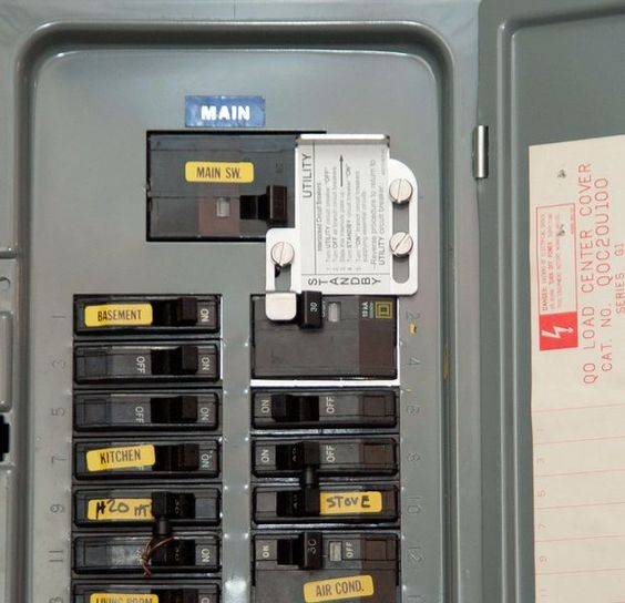 how to hook up a breaker switch It's electric how your circuit breaker panel works everything you need to know about the point of entry for a home's electricity, from an electric panel breakdown to how to hook solar panels into your home's power system.