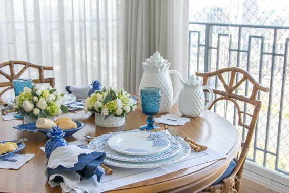 Coleção Abacaxi por Theodora Home: mesas para Maria Rudge | Get the Look: https://www.theodorahome.com.br/custom.asp?IDloja=19925&arq=colecaoabacaxi.htm  Compre online pelo site!