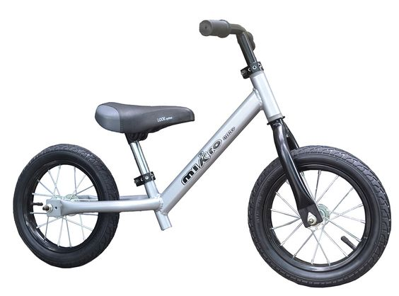 bici-gris-fondo--blanco