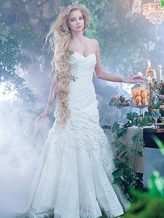 Découvrez les robes de mariée inspirées des princesses Disney ...