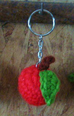 Crochet and Other Stuff: Apple Keychain - free crochet pattern