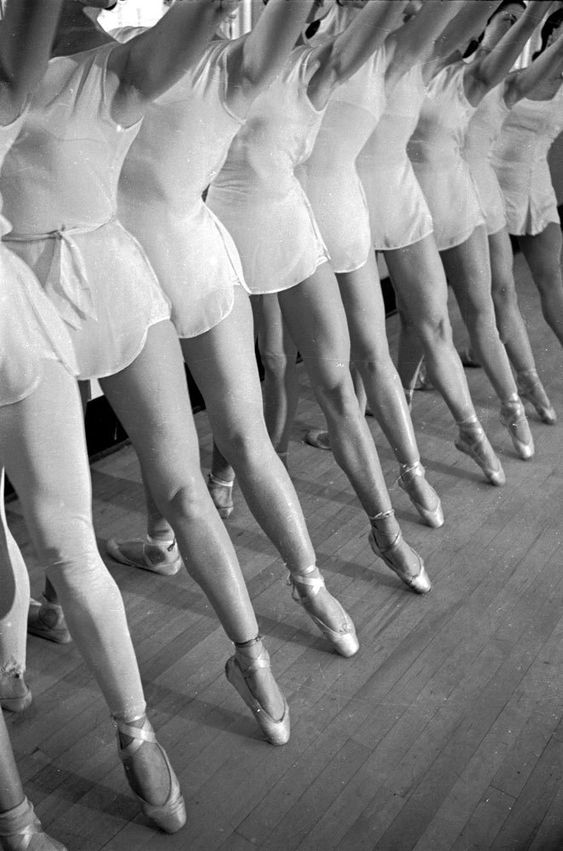 Scene at the School of American Ballet, New York, 1936 by Alfred Eisenstaedt for Life Magazine.