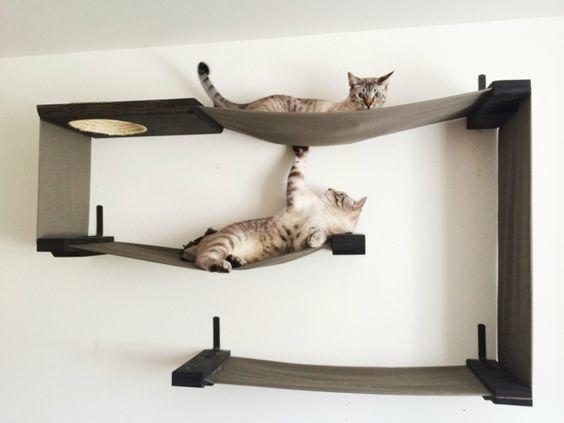 designer kratzbaum katzenspielzeug ideen katzenbaum katzen lucky pinterest. Black Bedroom Furniture Sets. Home Design Ideas