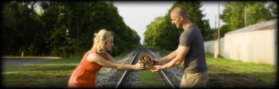 Top 20 Most Amazing Engagement Photos You Will Want For Your Album!