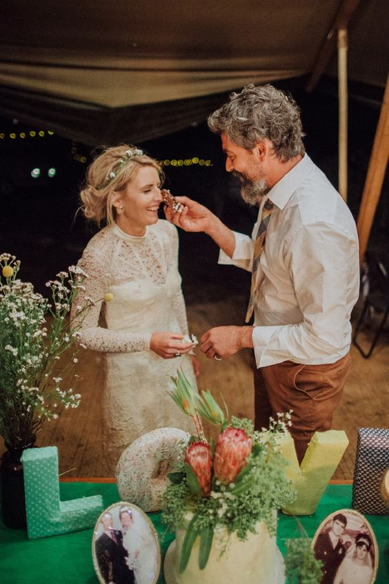 Simple wedding cake fabmood.com #wedding #cake #weddingcake