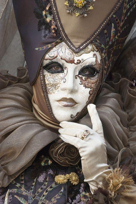 Carnevale di Venezia ✏✏✏✏✏✏✏✏✏✏✏✏✏✏✏✏ ARTS ET PEINTURES - ARTS AND PAINTINGS ☞ https://fr.pinterest.com/JeanfbJf/pin-peintres-painters-index/ ══════════════════════ Gᴀʙʏ﹣Fᴇ́ᴇʀɪᴇ ﹕☞ http://www.alittlemarket.com/boutique/gaby_feerie-132444.html ✏✏✏✏✏✏✏✏✏✏✏✏✏✏✏✏.
