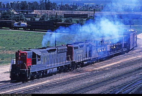 SP 4435 Southern Pacific Railroad EMD SD9 at Bloomington, California by Craig Walker