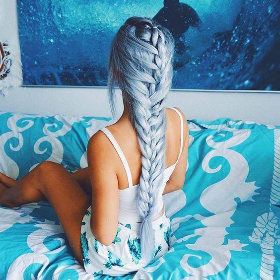 Beautiful hair! LOVE? credit @gabsgetgnarly #hairsandstyles