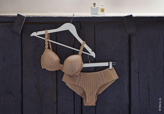 Shop Marie Jo Avero online bij lingerie Marie - basic lingerie. Marie Jo lingerie.