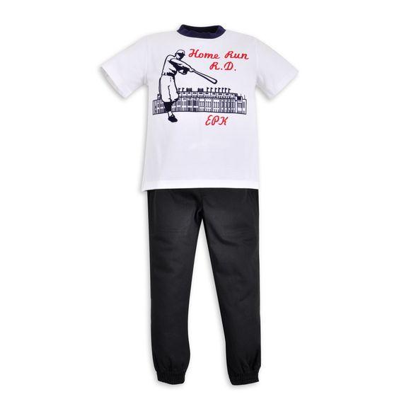 Franela EPK para niño, en color blanco con gráfico de béisbol al frente.