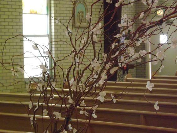 Decoracion iglesia para bodas enramadas con flores para for Decoracion con plantas