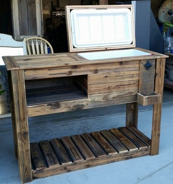 Upcycled Pallet Cooler: