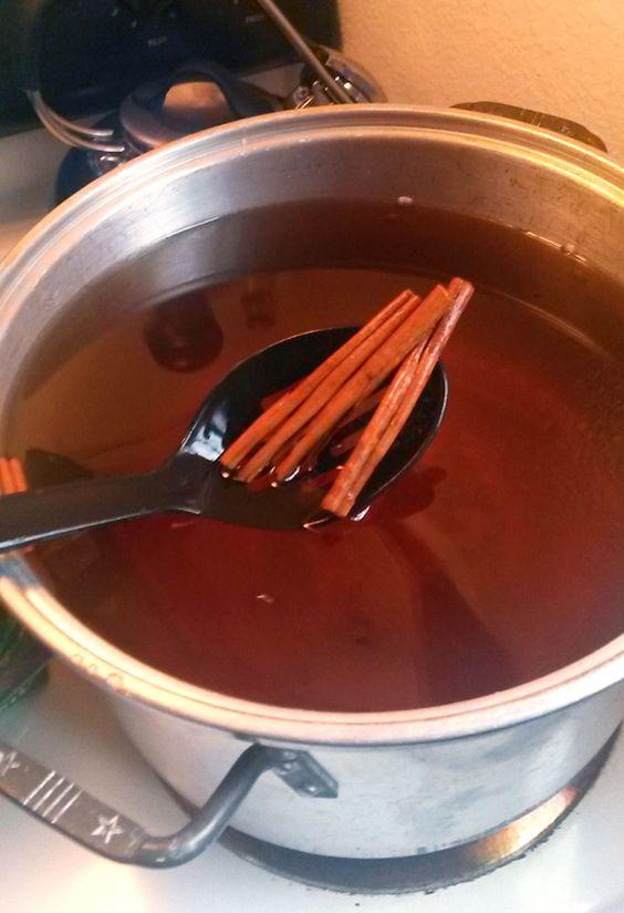 How to make homemade apple pie moonshine   Evermine Blog   www.evermine.com