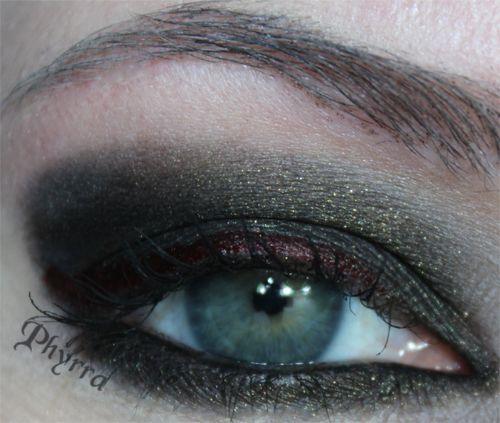 Vampy eye