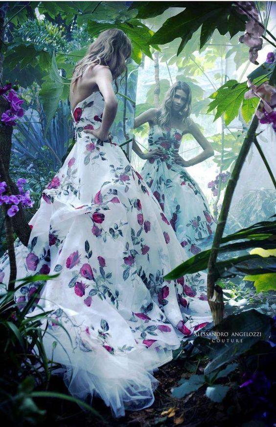 Abiti da sposa Alessandro Angelozzi Couture collezione 2017 - Abito da sposa con rose: