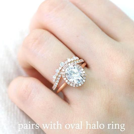 This Crown Diamond Wedding Band Showcases Dazzling Conflict Free Natural Diamonds In 2020 Diamond Wedding Bands Rose Gold Engagement Ring Vintage Wedding Rings Vintage