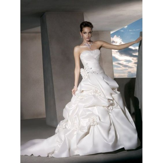 2015 Top Sell Taffeta Strapless Ball Gown Wedding Dress Nz with Crystal Beading and Flowers Wedding Dresses Nz