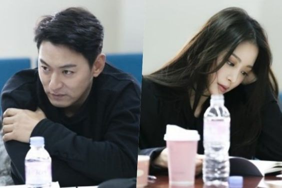 """Joo Jin Mo, Han Ye Seul, And More Show Passion At Script Reading Of """"Big Issue"""""""