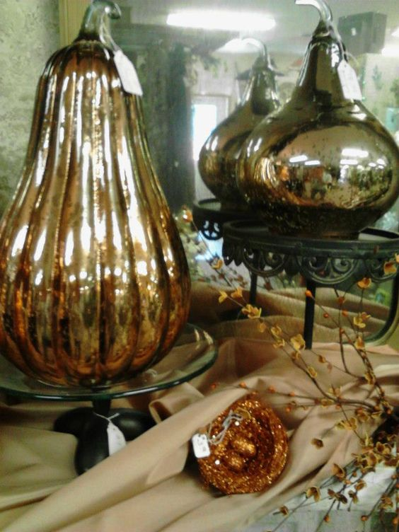 MERCURY GLASS PUMPKINS & GOURDS