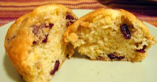 Muffin al limone e ai mirtilli rossi