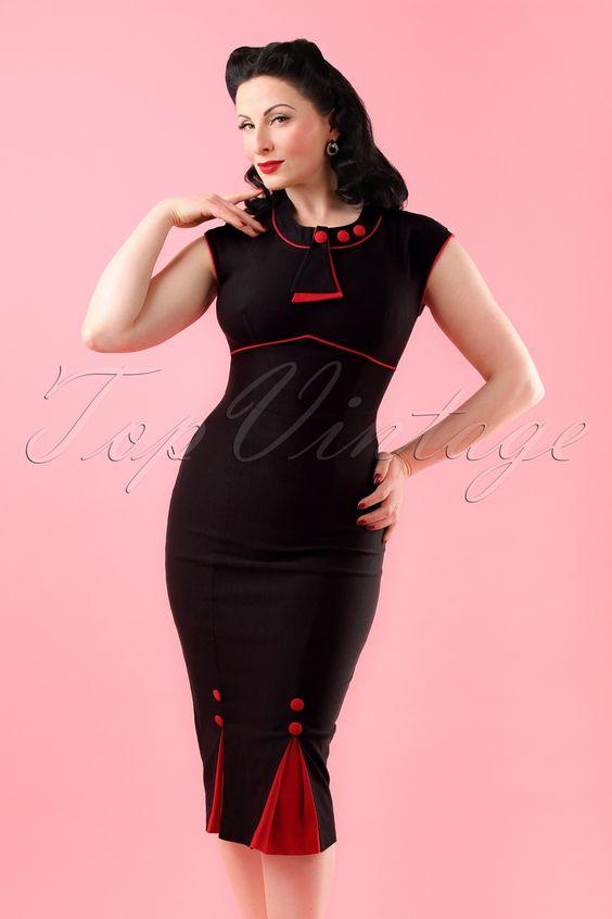 Fühle dich eine echte 'Bombshell' in diesem 30s Bombshell Pencil Dress! In diesem Kleid wirst du aussehen wie die klassische Sekretärin oder eine verführerische Vixen! Diese 'Bombshell' wird deine Kurven umrahmen und hat ein schönes Top in Art-Deko Stil mit pfiffigen, roten Details und 2 kontrastierenden Kellerfalten mit einem Knopfdetail auf der Vorderseite für mehr 'Beinfreiheit', jeder Schritt wird elegant sein! Hergestellt aus einem robusten, dehnbaren Rayon-Mix ...