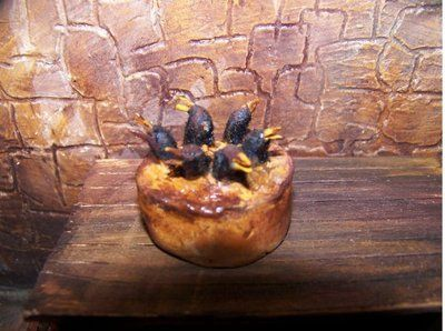 Dollhouse Miniature OOAK Medieval Tudor Black Bird Pie 1:12 Scale