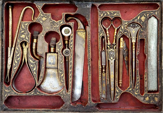 SO SCARY! Surgical tools decorated with overlaid gold, Iran 19th century. Courtesy of The Benaki Museum, Athens: