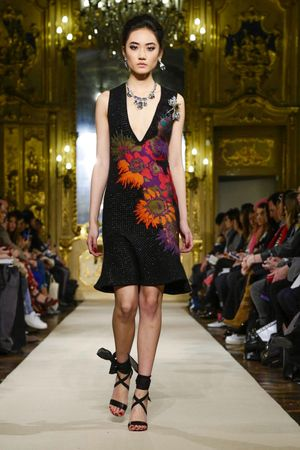 Love the pop of color on this dress by Les Copains Ready To Wear Fall Winter 2015